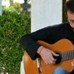 Cantautores en la guitarra